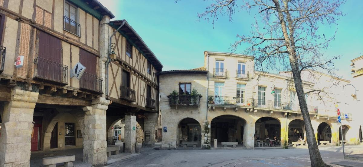 Ste-Foy-la-Grande-Place-Gambetta